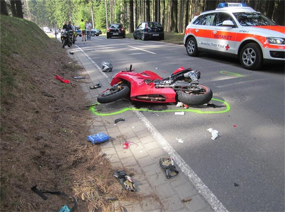 Schwerer Verkehrsunfall an der Hohen Acht