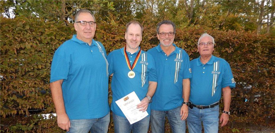 Reiner Arenz Deutscher Meister mit deutschem Rekord