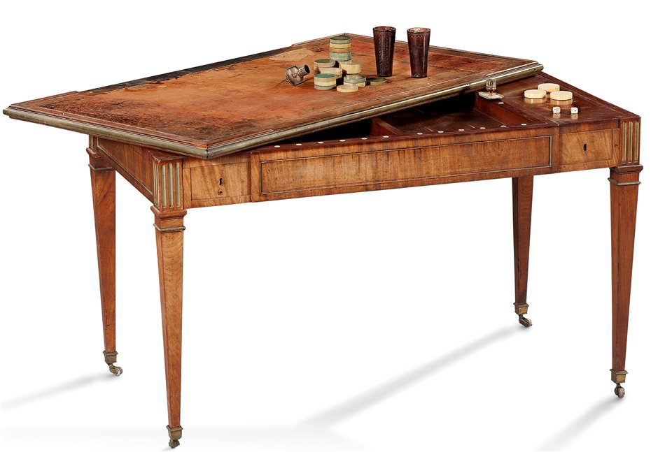Möbel Mit Fünf Verwendungs Möglichkeiten