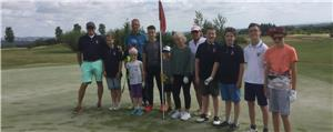 Jugend-Golfcamp mit internationalem Flair