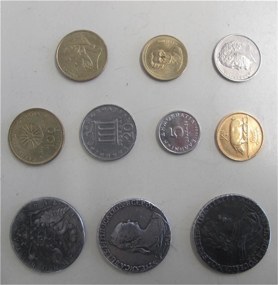 Münzen Schmuck Und Uhren Gefunden