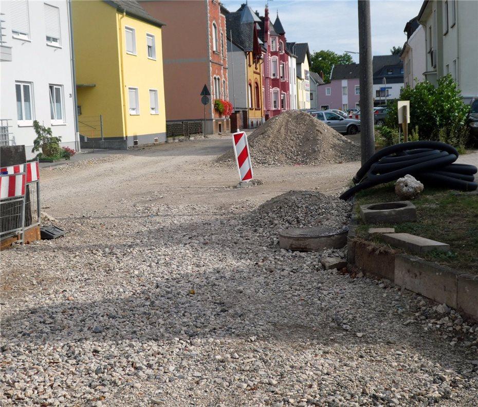 Baustelle Voßstraße - Billige betonplatten