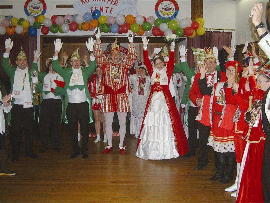 - Traditionell-feierte-die-rund-120-Mitglieder-zaehlende-KG-2637